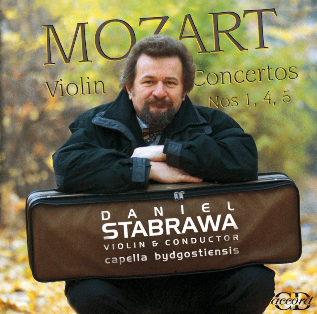 okładka płyty Daniel Stabrawa gra Koncerty Mozarta